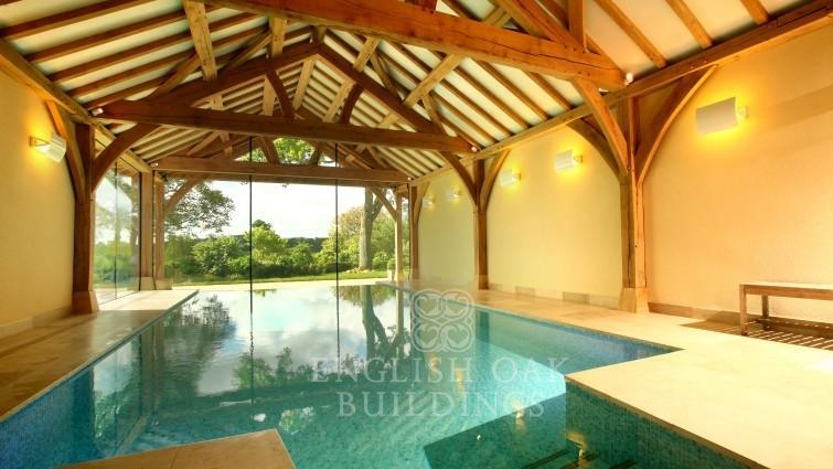 Oak swimming pool cover