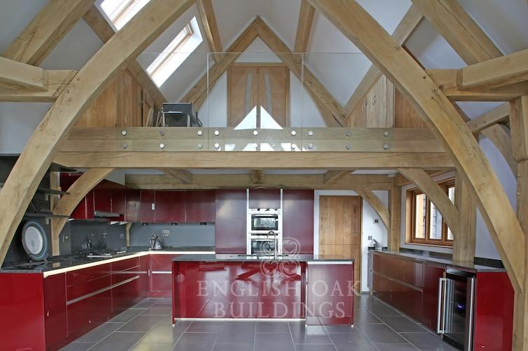 Oak-Frame-house-sling-brace-truss-Kitchen-Holyport-Berkshire
