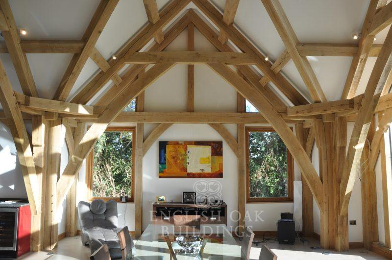 Oak-Frame-house-sling-brace-trusses-Holyport-Berkshire