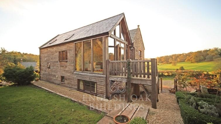 Green-oak-timber-frame-house