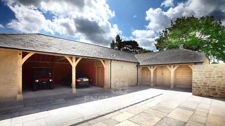 Oak-frame-Garage-with-stone-and-oak-cladding